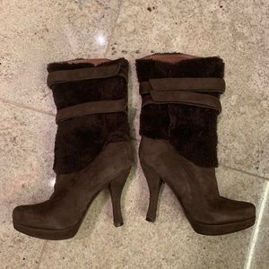 Nicole Miller Shearling & suede booties  brown 6